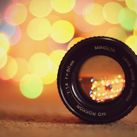 1.4 vs 1.8 by Hasnain Rizvi - Artistic Objects Technology Objects ( 1.8, bookeh, minolta, 1.4 )