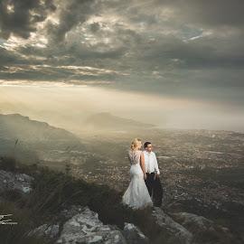 by Foto Čerina - Wedding Bride & Groom (  )