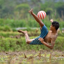 back shot by Sabdo Bintoro - Sports & Fitness Soccer/Association football