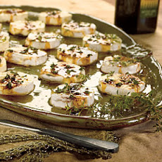 Honey-Peppered Goat Cheese with Fig Balsamic Drizzle