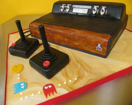 Atari_console_cake_full