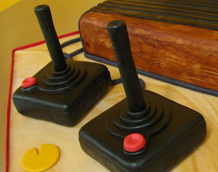 Atari_console_cake