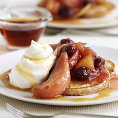 Cinnamon Pancakes With Compote & Maple Syrup