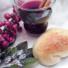 Saffron Buns with Spiced Wine (Bread Maker Recipe)