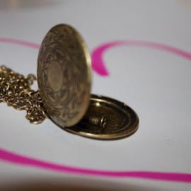 The Locket by Cassie Karanasos - Artistic Objects Clothing & Accessories ( love, locket, memories, necklace )