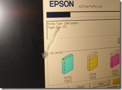 Bersin Di Depan Laptop 2