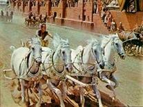 Ben-Hur_chariot_race_2
