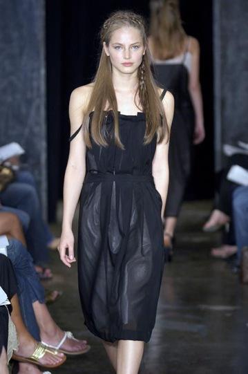 kazakhstan model ruslana korshunova on t walk runway photo
