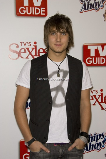 Picture of Scott Michael Foster attending 2008 TV Guide Sexiest Stars Party
