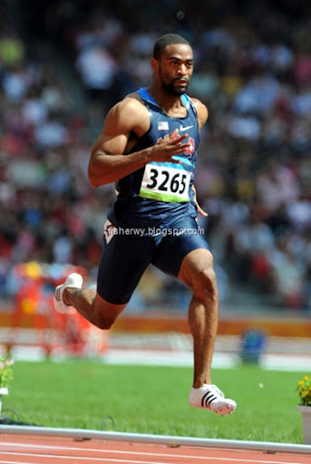 Tyson Gay won first-round heat of 100m in 10.22 in the 2008 Olympics ...