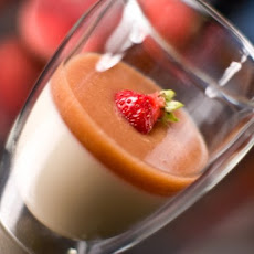 Honey Yogurt Panna Cotta With White Peach Puree