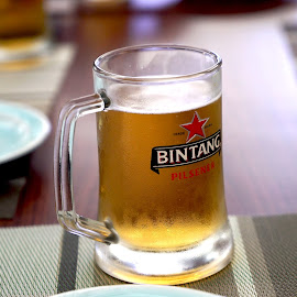 beer by Senzcenz Purnomo - Food & Drink Alcohol & Drinks