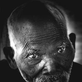 grandpa by Anderson Bayani - People Portraits of Men ( black & white, portraits, people, old people,  )