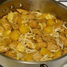 Turkey and Pineapple Stir Fry