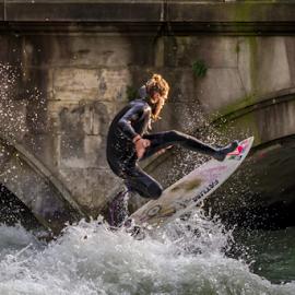 Eisbach Surfer by Veli-Matti Virtanen - Sports & Fitness Surfing ( surfer river eisbach munich münchen bridge )