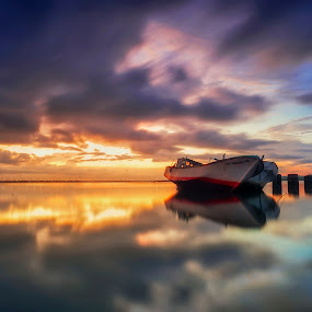 Mirrored by Bayu Adnyana - Landscapes Sunsets & Sunrises ( mirror, reflection, landscape photography, sunrise, landscapes, landscape, morning,  )