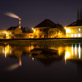 Nights lights of down town in river Kupa by Oliver Švob - City,  Street & Park  Night ( canon, building, karlovac, kupa, croatia, night, house, boat, light, river )