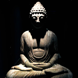 Budha  by Muhammad Zuhaib - Artistic Objects Antiques ( budha, old, statue, still life, stone,  )
