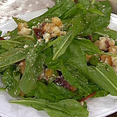 Baby Arugula with Smithfied Ham, Blue Cheese, and Fresh Fig Vinaigrette