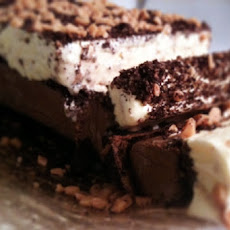 Easy Marshmallow Fluff Chocolate Ice Cream Cake
