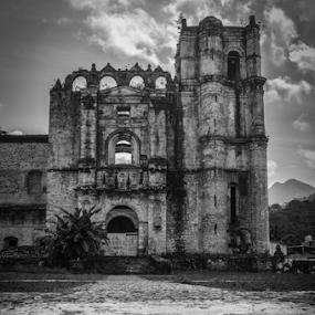 Tecpatan by Alighieri Rizo - Black & White Buildings & Architecture ( arquitectura, tecpatan, mexico, chiapas,  )