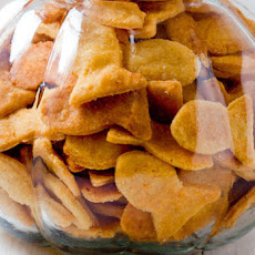Cheesy Fish Crackers Recipe