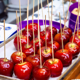 toffee apples by Vibeke Friis - Food & Drink Candy & Dessert ( plated, for sale, toffee apples )