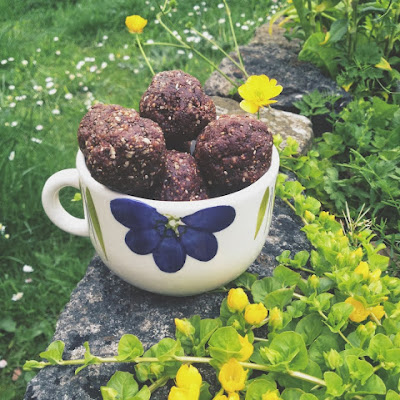 Cacao, Fig and Walnut Balls