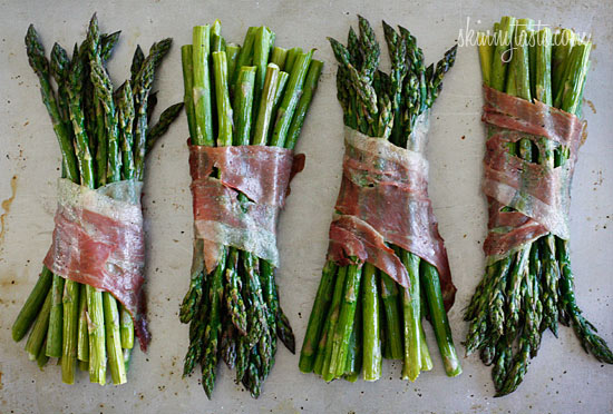 Roasted Prosciutto Wrapped Asparagus Bundles Recipe | Yummly