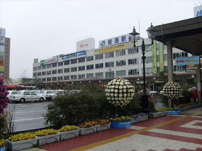 Niigata Station after a dewey start
