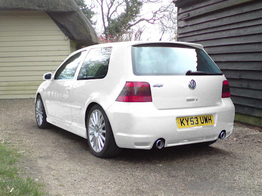 Golf 5 r32 white