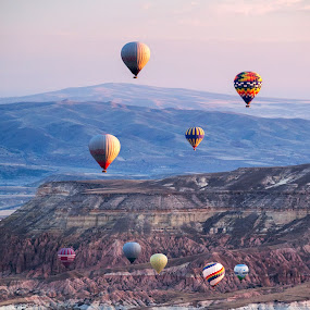 sunrise in cappadocia by Sorin Tanase - Landscapes Travel ( nature, sunrise, balloons, landscape, cappadocia )
