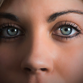 Eyes by Sam Samuelson - People Portraits of Women ( strobist, d800, woman, portrait, eyes )