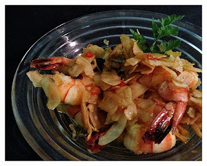Chili prawns with curry leaves and coconut