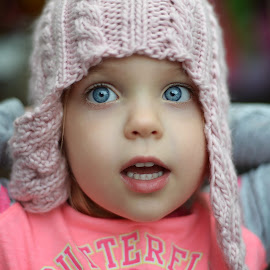 My turn to wear the hat. by Lucia STA - Babies & Children Child Portraits