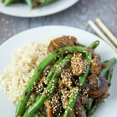 Green Bean Stir Fry with Chicken & Sesame Seeds