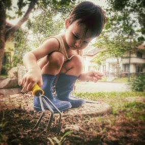 Gardening by Wylia Watkins - Babies & Children Toddlers (  )