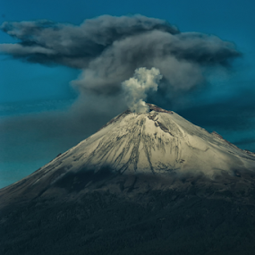 Smoking volcano by Cristobal Garciaferro Rubio - Landscapes Mountains & Hills ( volcano, popo, mexico, popocatrepetl, eruption, smoke )