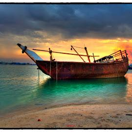 Abandoned boat by Arthur Lsaclolo - Transportation Boats