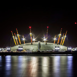 O2 Arena by Emanuel Ribeiro - Buildings & Architecture Public & Historical ( thames, london, night, o2 arena, river )