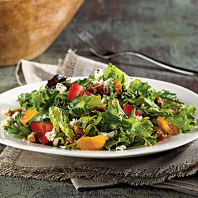 Mixed Greens with Praline Pecans and Blue Cheese