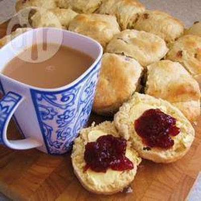 Traditional Buttermilk Scones