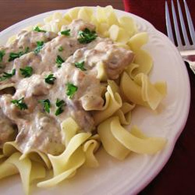 Slow Cooker Chicken Stroganoff