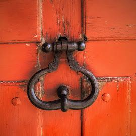 Heurtoir by Bruno Gueroult - Buildings & Architecture Other Exteriors ( fer, heurtoir, porte, métal, rouge orange,  )