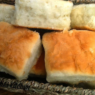 Fluffy Light Biscuits/Rolls