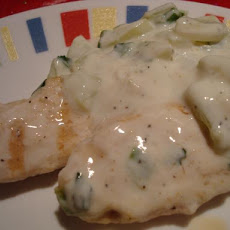 Grilled Chicken Breast With Yogurt and Cucumber Sauce