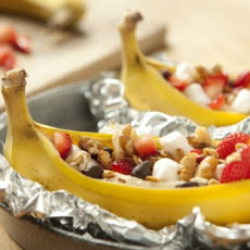 Grilled Bananas with Sweet Toppings