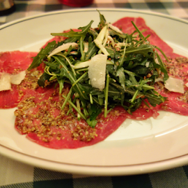 Carpaccio Delicioso by Anna Decoudu - Food & Drink Meats & Cheeses ( rocket, beef, meat, parmesan, carpaccio, plated food )