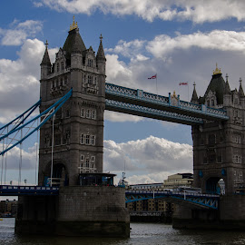Tower Bridge by Svetlana Yatsyuk - Buildings & Architecture Statues & Monuments ( london, tower bridge )