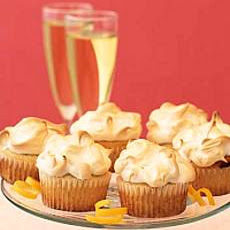 Meringue Topped Lemon Curd Cupcakes